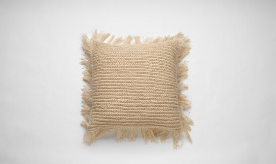 fringe_cushion_01-960x570